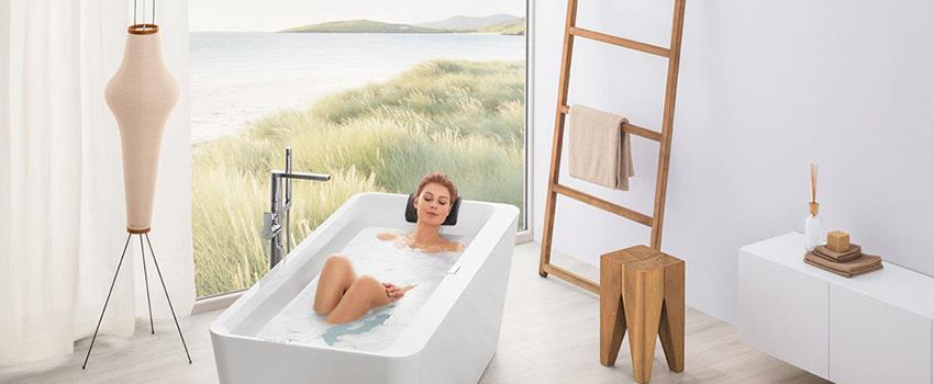 Cinco ideas para crear una atmósfera relajante en el baño